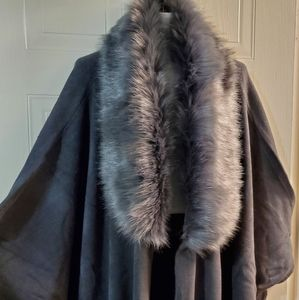Grey Poncho Cape with fur